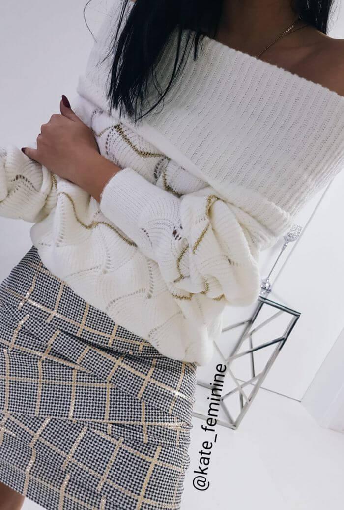 SWETER Z GOLFEM BETTY WHITE - Zdjęcie